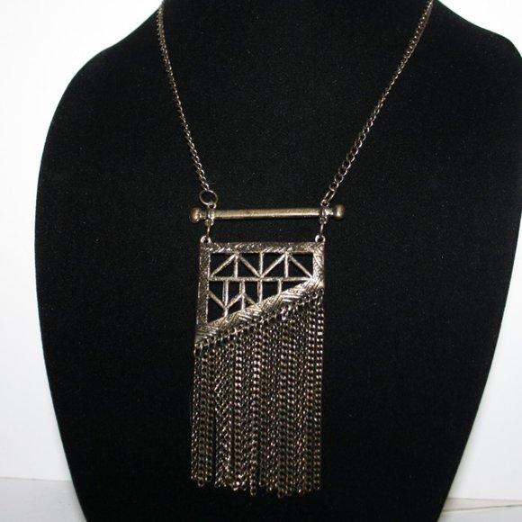 "Beautiful bronze dangle necklace 30-33"""